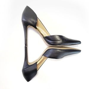 8.5 Cut Out Heels Mossimo Pumps Gold Trim